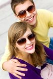 Young couple smiling Royalty Free Stock Photos