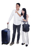 Young couple with suitcase Royalty Free Stock Photos