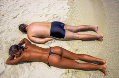 Young couple sunbathing together in summer Stock Photography