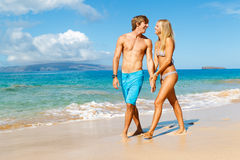Young Couple on Tropical Beach Royalty Free Stock Images