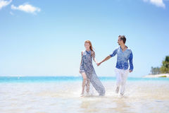 Young couple on a tropical island Royalty Free Stock Images