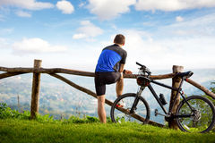 Young cyclists relaxing Royalty Free Stock Photos