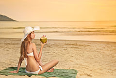 Young fashion woman on the beach Royalty Free Stock Photos