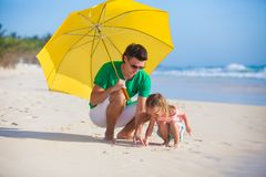 Young father and his adorable little daughter Royalty Free Stock Photography