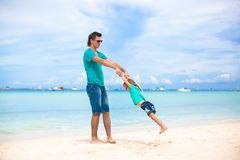 Young father and his little daughter have fun on Royalty Free Stock Photos