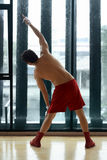 Young fit asian man doing exercising Royalty Free Stock Photos
