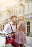 Young funny pretty fashion vintage hipster couple Royalty Free Stock Photos