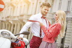 Young funny pretty fashion vintage hipster couple Royalty Free Stock Photography