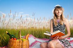 Young girl reading book Royalty Free Stock Photo