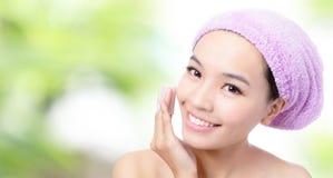 Young Girl remove makeup Stock Photos