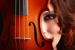 Young girl with violin Royalty Free Stock Photography