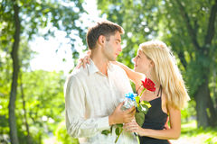 Young happy couple Royalty Free Stock Photos