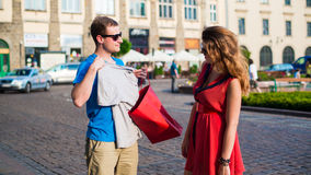 Young happy couple in city. Royalty Free Stock Photos