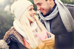 Young happy couple holding heart Royalty Free Stock Photography