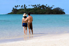 Young happy couple on Vacation in Pacific Island Stock Photography