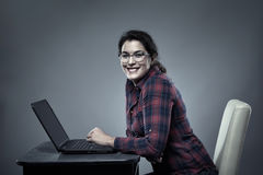 Young hispanic businesswoman with laptop Royalty Free Stock Images
