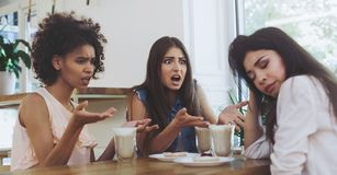 Free Young Irritated Girls At A Loss From The Actions Of A Friend Royalty Free Stock Photos - 148267688