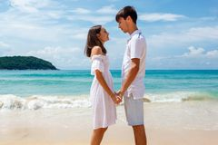 Young lovely romantic couple on a beach Royalty Free Stock Photography