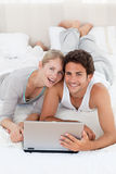 Young lovers looking at the camera Royalty Free Stock Photo