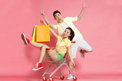 Young lovers shopping Royalty Free Stock Images