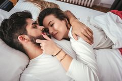 Free Young Loving Couple In The Bed Royalty Free Stock Photo - 111875245
