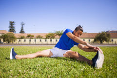 Young man exercising Royalty Free Stock Images