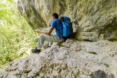 Young man hiking Royalty Free Stock Image