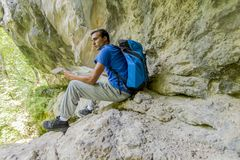Young man hiking Royalty Free Stock Photo