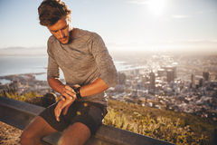 Young man preparing for a run Royalty Free Stock Images