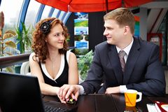 Young man and woman looking each others Royalty Free Stock Photos