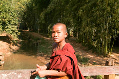 Young monk at the weekly market at Indein on Inle Lake in Myanma Royalty Free Stock Photos
