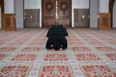 Young muslim woman praying Stock Photography