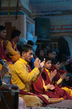 Young novices on Ganga Aarti ceremony in Parmarth Niketan ashram Stock Photo