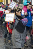 Young parents with children protest as Romania relaxes corruption law Stock Photography