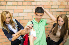 Young people are skeptical to cigarettes Royalty Free Stock Photography