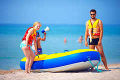 Young people on summer beach Royalty Free Stock Photography