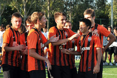 Young players congratulate each other Royalty Free Stock Photo