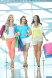 Young shopaholics Royalty Free Stock Photography