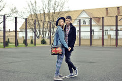 Young stylish hipsters couple portrait outdoor Royalty Free Stock Images