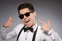 Young stylish man wearing sun glasses Royalty Free Stock Photos