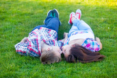 Young teen couple kissing Stock Photography