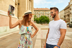 Young tourist couple Royalty Free Stock Images