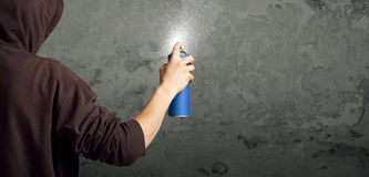 Young urban painter starting to draw Royalty Free Stock Photography