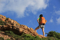 Young woman backpacker enjoy the view Stock Photography
