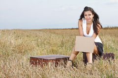 Young woman with blank sheet Royalty Free Stock Photos