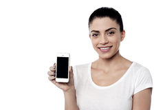 Young woman with blank smartphone screen Royalty Free Stock Photos