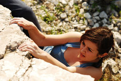 Young Woman Climbing Royalty Free Stock Photography