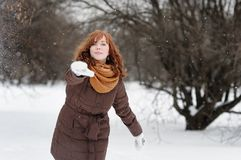 Young woman having fun in winter Royalty Free Stock Images