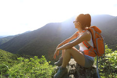 Young woman hiker enjoy the view Royalty Free Stock Photos