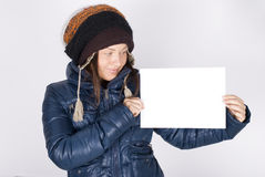 Young woman holding the blank card Royalty Free Stock Photography